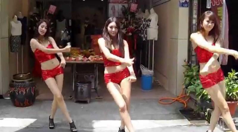 なぜか店先で踊る美女達@糖糖@螞蟻@小梅